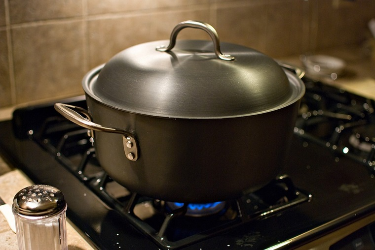 Những biện pháp khắc phục tình trạng bếp gas tốn gas