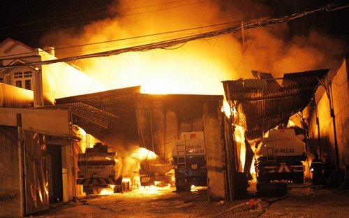 Cháy kho xăng Phước Đồng – Nha Trang