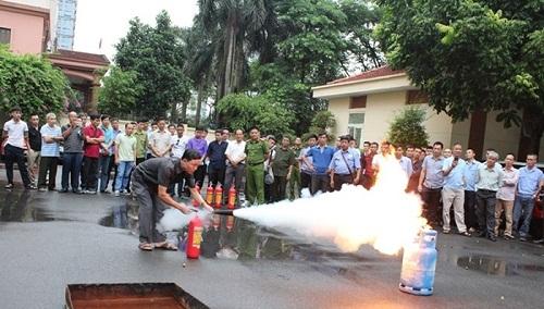 Công an quận Cầu Giấy mở lớp tập huấn phòng cháy chữa cháy