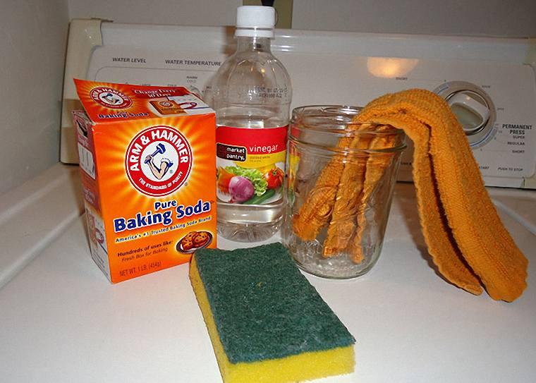 sử dụng dấm và baking soda để vệ sinh máy hút mùi